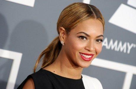 PHOTOS-Grammy-Awards-2013-Beyonce-reine-de-la-soiree_yahooExportPaysage