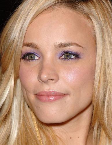 rachel_mcadams_wear_purple_eyeshadow.jpg