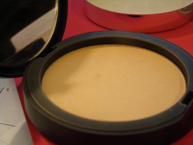 paula's choice pressed powder